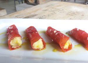 Canelones-de-carpaccio-y-queso